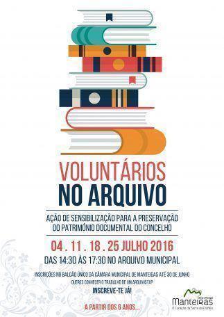 Voluntários no Arquivo